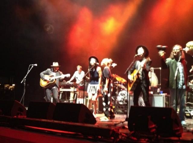 Beck, Wilco, AmericanaramA, Jones Beach, Cibo Matto, Sean Lennon, Loser, California Stars, Beatles