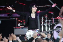 joan jett, blackhearts, unvarnished
