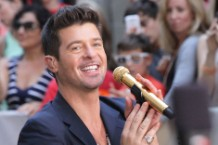 Robin Thicke Blurred Lines Billboard Chart No. 1