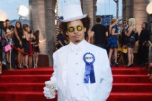 Eric Andre at the 2013 MTV Video Music Awards