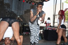 This is how you do it: Big Freedia and dancers at Afropunk