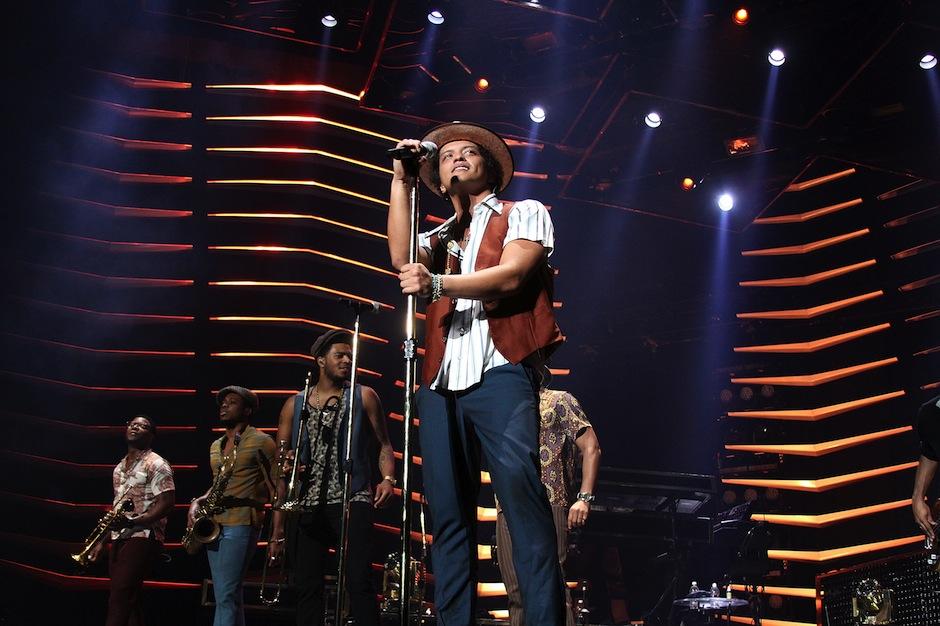Bruno Mars, Super Bowl XLVIII, halftime show, February 2, MetLife Stadium