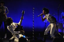 Janelle Monae's 'The Electric Lady' Strives to Match Her Sci-Fi Ambitions and Pop Smarts
