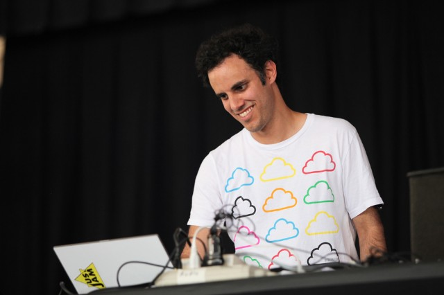 Four Tet 'Parallel Jalebi' Beautiful Rewind Stream