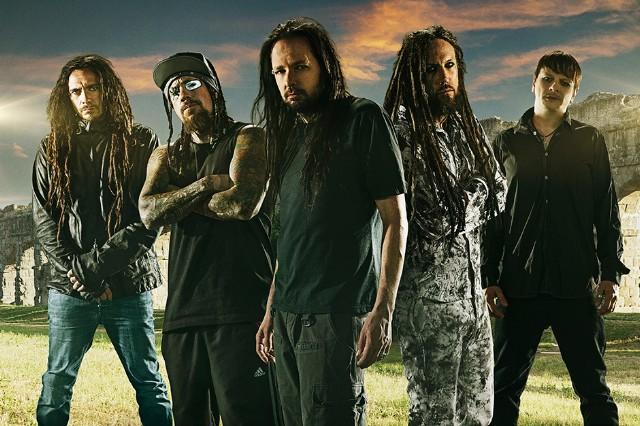 "Korn (L-R) James ""Munky"" Shaffer, Reginald ""Fieldy"" Arvizu, Jonathan Davis, Brian ""Head"" Welch, Ray Luzier"