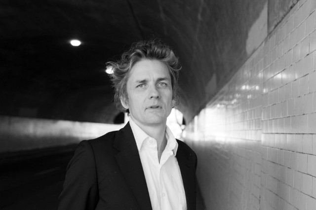 Dean Wareham 'Emancipated Hearts With an Appendix of Songs' Album Stream