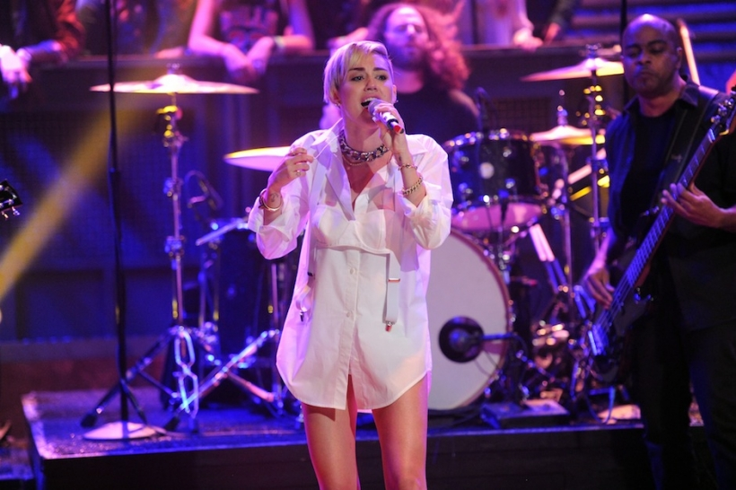 Miley Cyrus performing on 'Late Night With Jimmy Fallon'