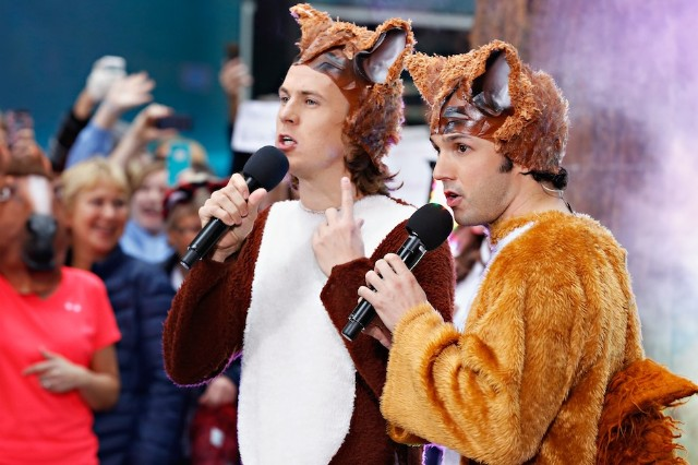 "Ylvis, Halloween, costume, ""The Fox (What Does the Fox Say)"""