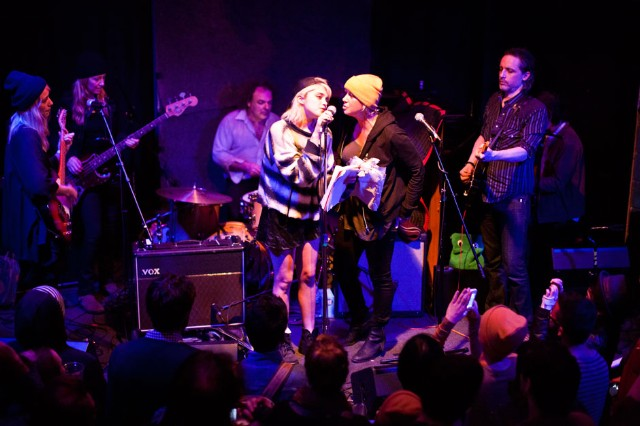 Sky Ferreira and Cat Power at An Elliott Smith Tribute Show, Brooklyn, New York, October 21, 2013 / Photo by Jolie Ruben