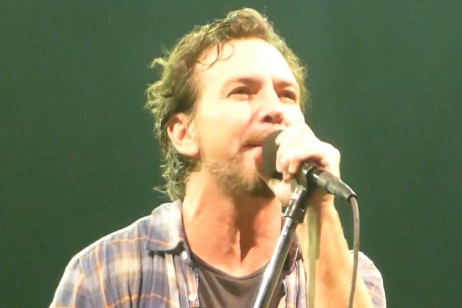 See Pearl Jam, My Morning Jacket Pay Musical Tribute to Lou Reed