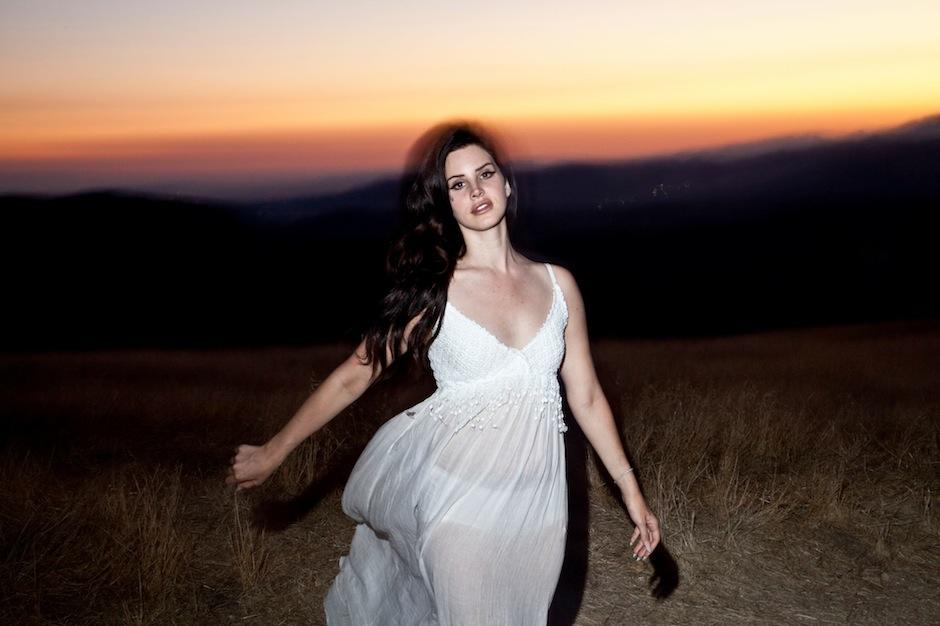 Lana Del Rey Tropico Wallpaper Lana Del Rey Reveals Details