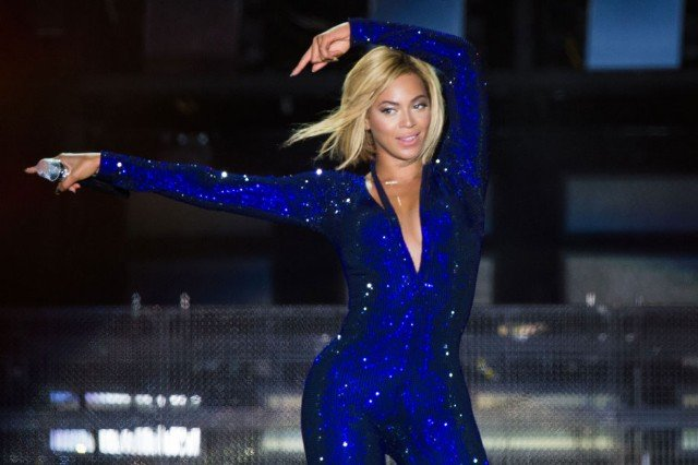 Beyoncé reminds you her new album is to the left, to the left