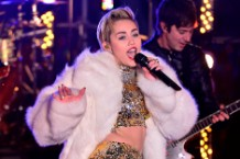 miley cyrus, new year's eve, new year's rockin eve
