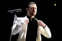 Justin Timberlake, album sales, 2013, Robin Thicke, digital music sales