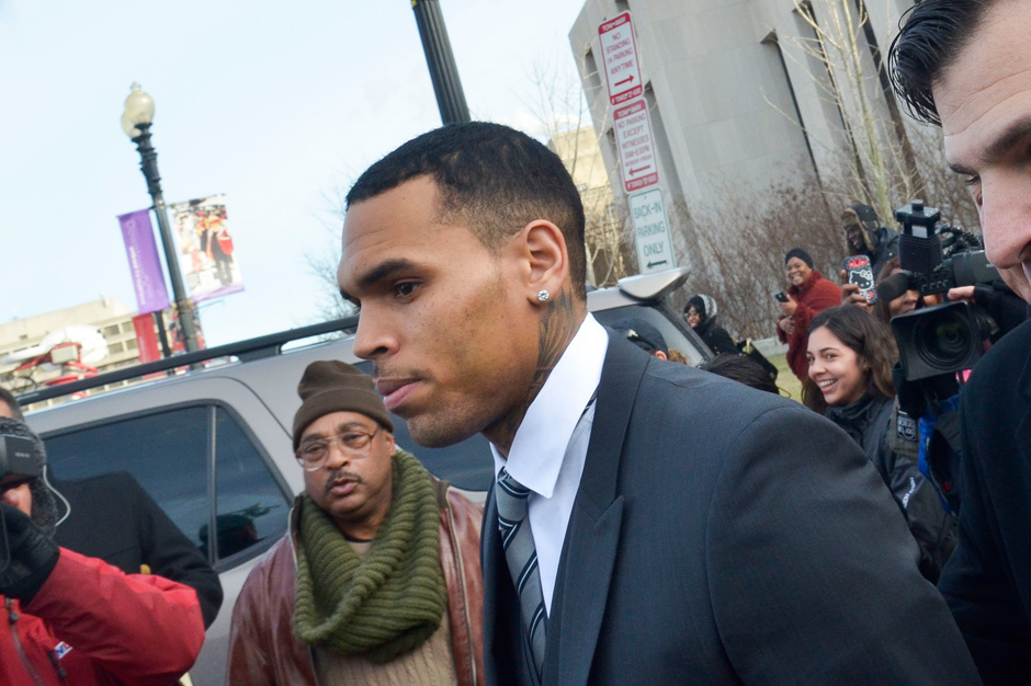 Chris Brown Assault Plea Bodyguard Court Rejected
