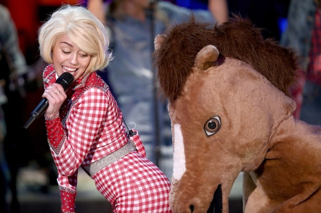 Miley Cyrus, Madonna, 'MTV Unplugged'
