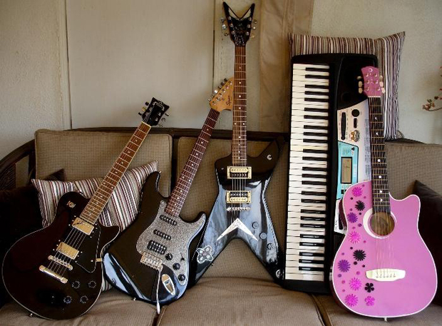 Exene Cervenka Estate Sale X Vintage Guitars Punk