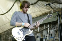 Cloud Nothings and Wavves Record Album Together