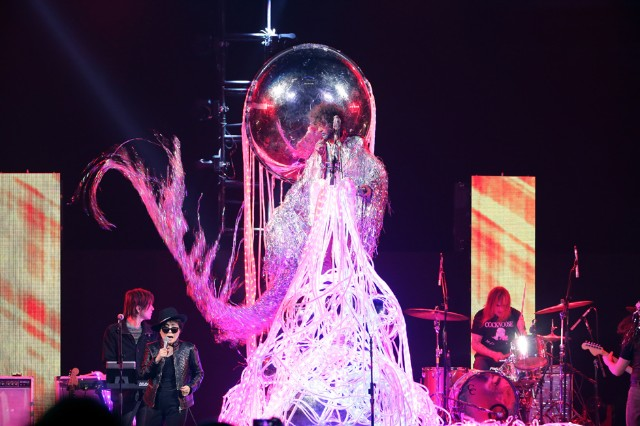 Hear Flaming Lips' Answer Album to Pink Floyd's 'Dark Side of the Moon'
