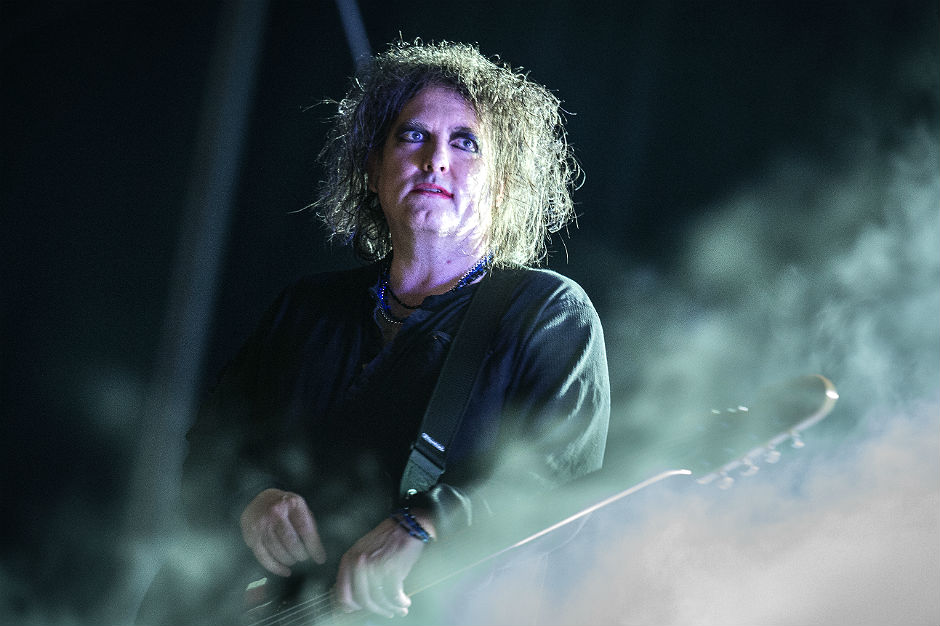 "Robert Smith Says New Cure Album on the Way ""Soon"""