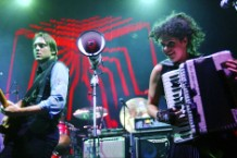 Arcade Fire Blondie 'Heart of Glass' Cover Live Houston