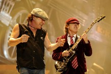 AC/DC not retiring, Malcolm Young taking break