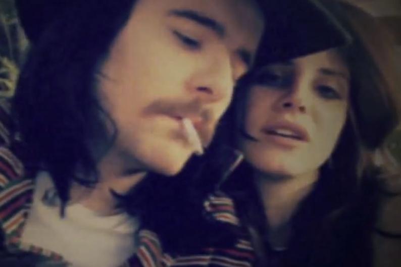 Watch Lana Del Rey's Video Selfie With Her Boyfriend ...
