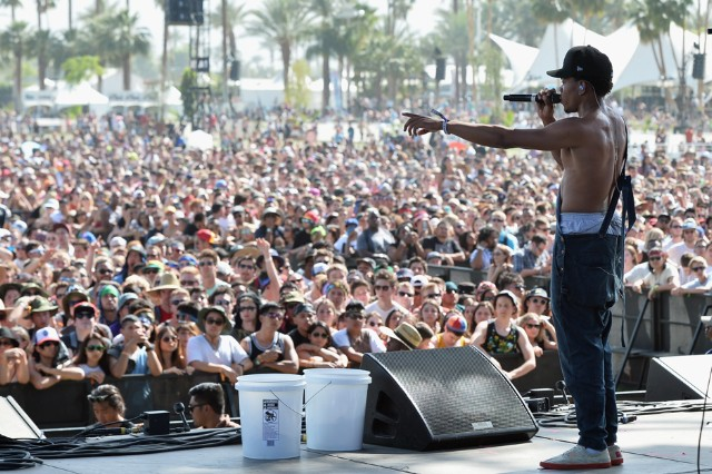Chance the Rapper 'I Am Very Lonely' Stream Social Experiment
