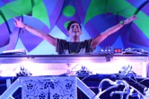 Porter Robinson Invents Shoegaze-EDM on Dazzling 'Worlds'