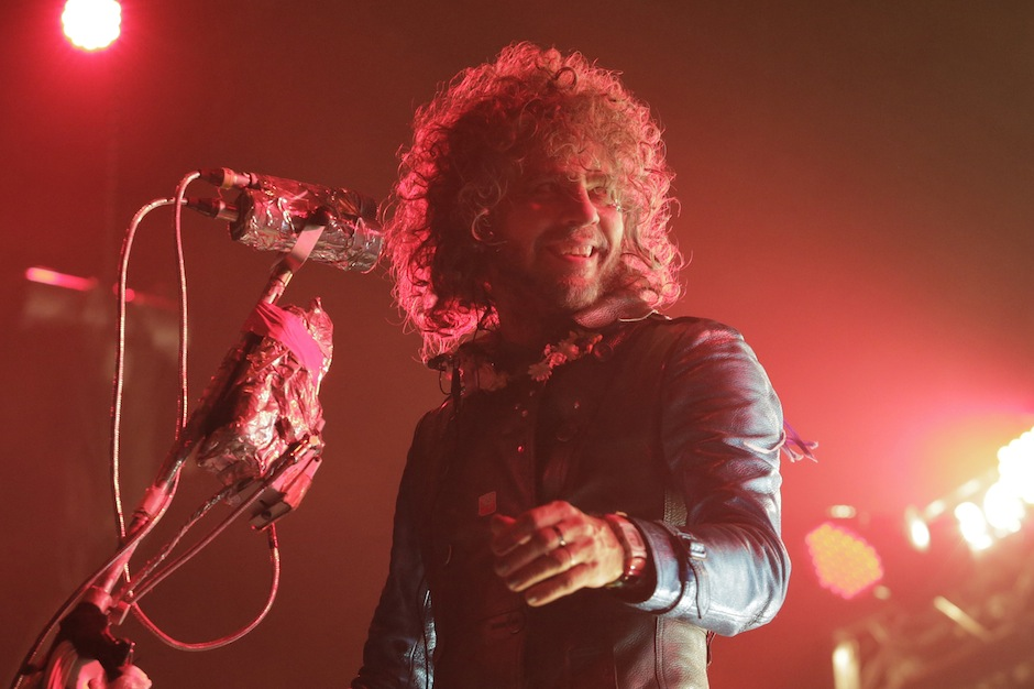 Flaming Lips Fwends Space Out on Beatles 'Fixing a Hole' Cover