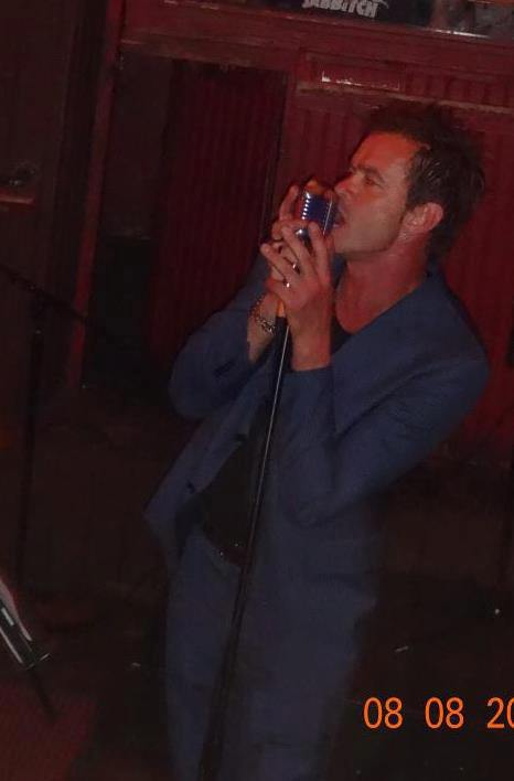 Scott Weiland Impersonator