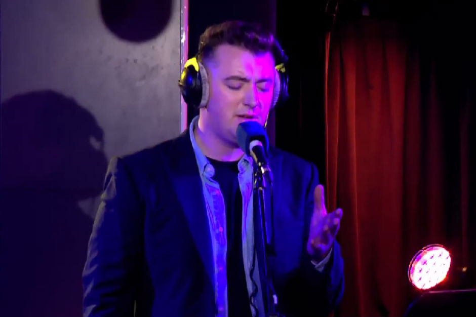 Sam Smith Slows Down Tracy Chapmans Fast Car For BBC Live - Fast car artist