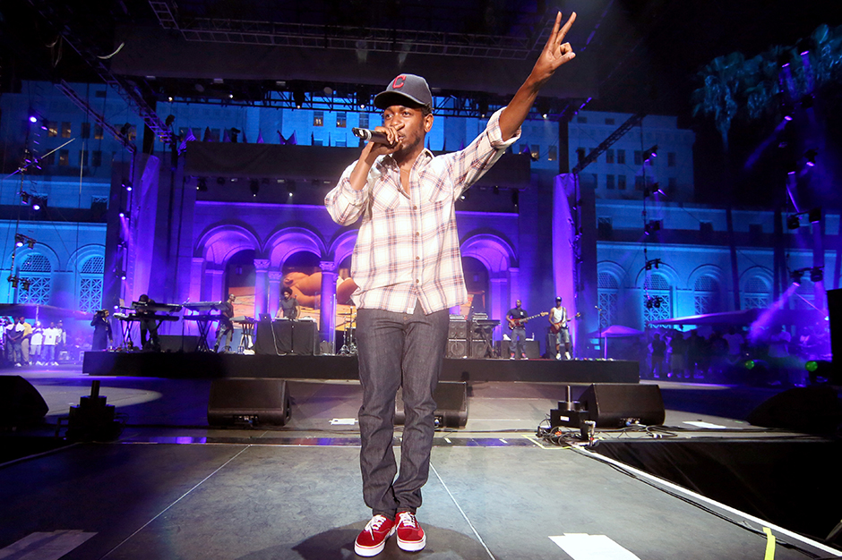 Kendrick Lamar tweets i new single artwork release