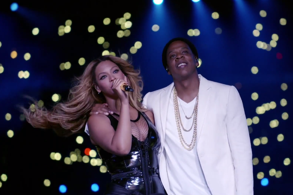 beyonce and jay z light up a stadium in hbo performance of young forever halo spin. Black Bedroom Furniture Sets. Home Design Ideas