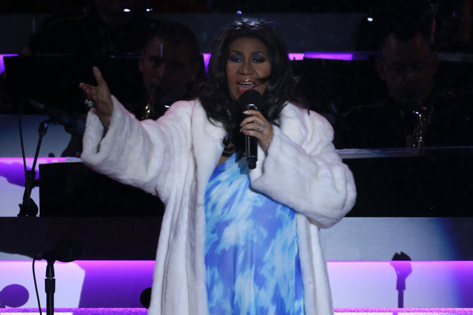 aretha frankling rolling in the deep adele cover song
