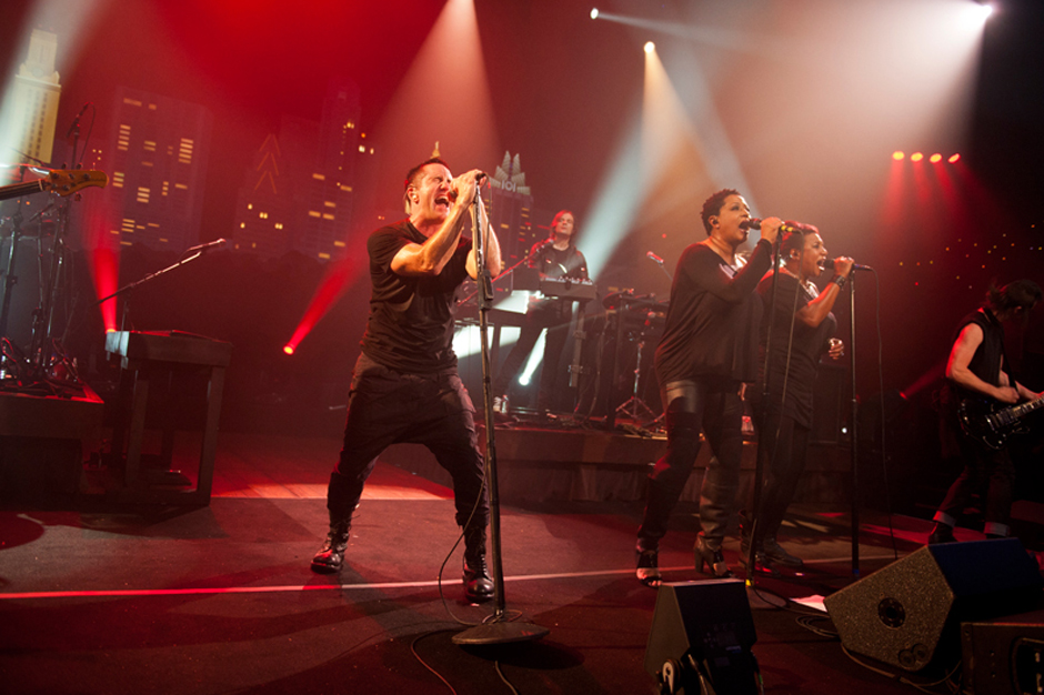 Watch Nine Inch Nails\' Intimate \'Hurt\' on \'Austin City Limits\' | SPIN