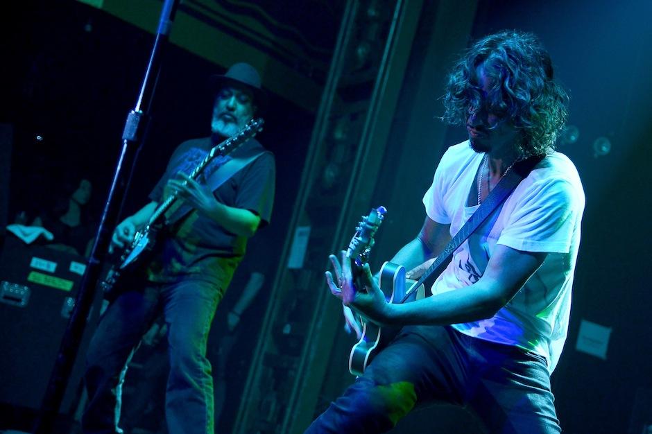 Soundgarden Unreleased Instrumental Echo of Miles Twin Tower