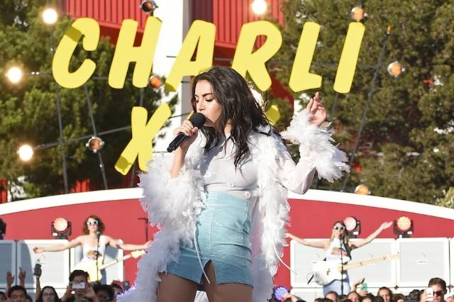 Charli xcx, gold coins, sucker