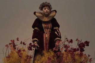 Angel Olsen Gets an Elizabethan Makeover in Her 'Windows' Video