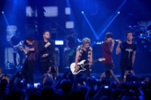 Review: One Direction Hide in Plain Sight From Boy-Band History With 'Four'