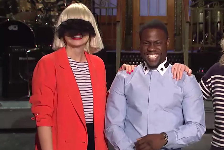 Sia performs chandelier with a veil and a mime on saturday sia performs chandelier with a veil and a mime on saturday night live spin aloadofball Choice Image