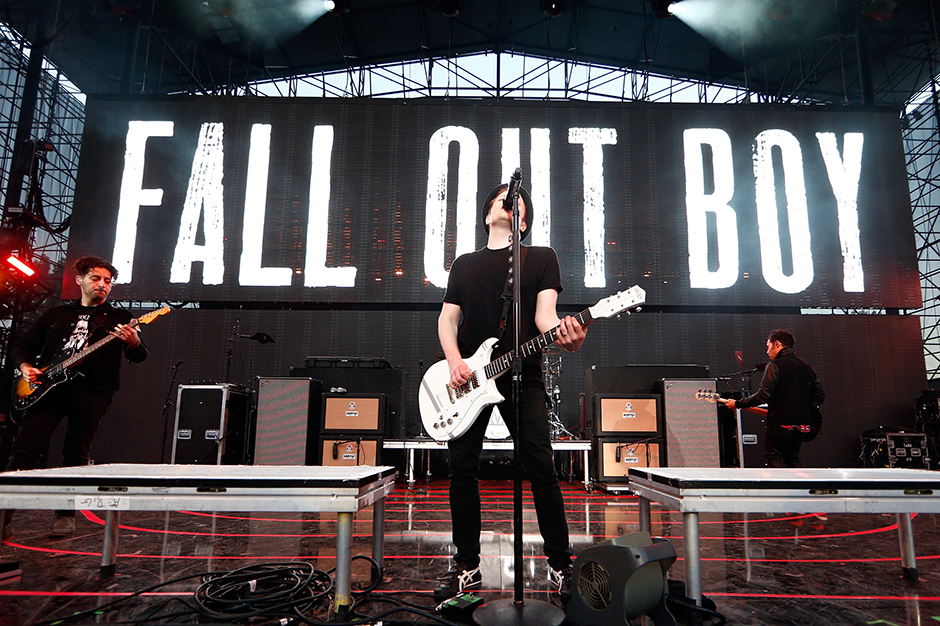 fall out boy immortals song download
