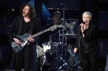 Annie Lennox, Hozier, Grammy Awards