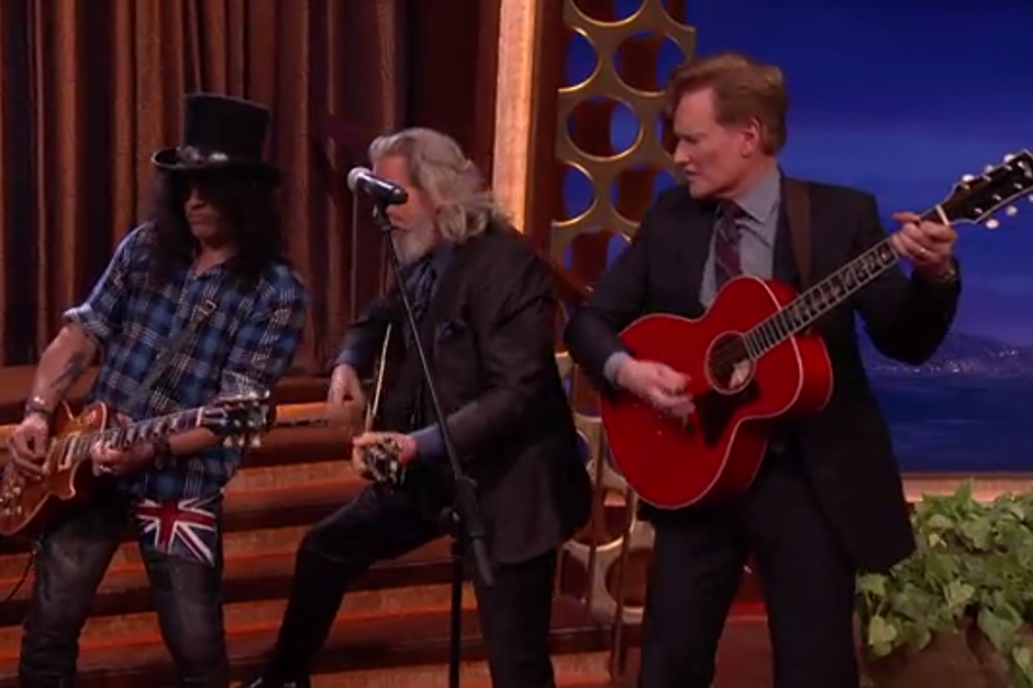 Jeff Bridges Promotes Meditation Album By, Uh, Playing a Song From 'Crazy Heart' on 'Conan'