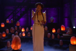 Purity Ring Perform 'bodyache' Surrounded by Crystals on 'Conan'