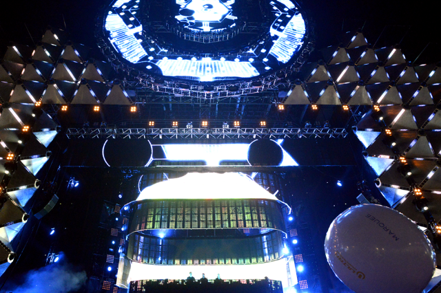 150401-ultra-music-festival