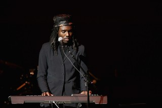 Dev Hynes Drops 45 Minutes of New Music Out of the Blue