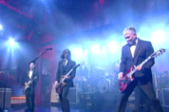 Foo Fighters Close Out Last 'Letterman' with 'Everlong'
