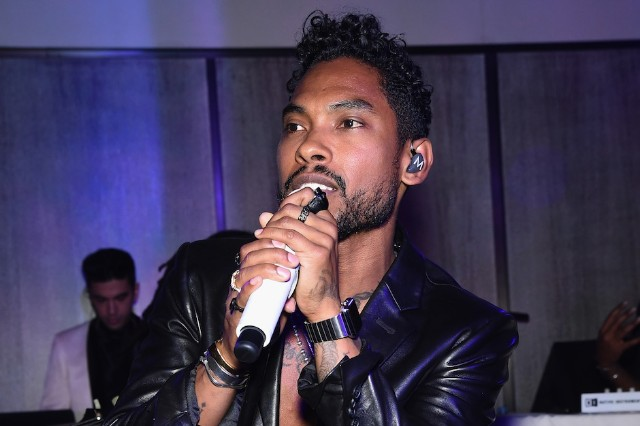 Miguel live in 2015