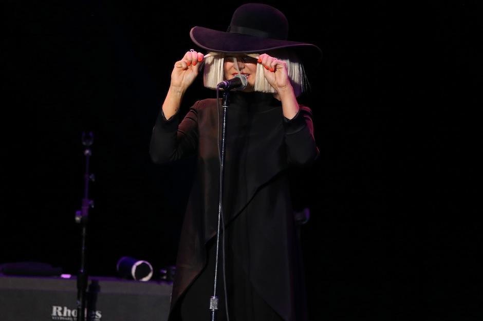 Sia live in 2015